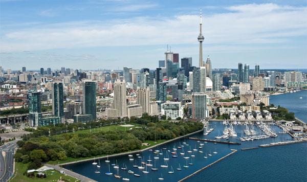Thanh pho lon nhat Canada Toronto